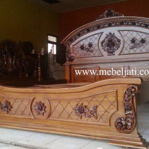 bed anggola