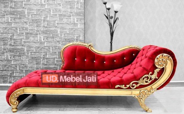 Sofa Klasik emas